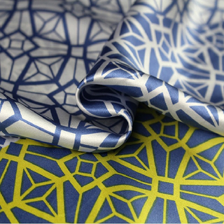 Silk Printed Fabric for Products Shirt for Sale on Line